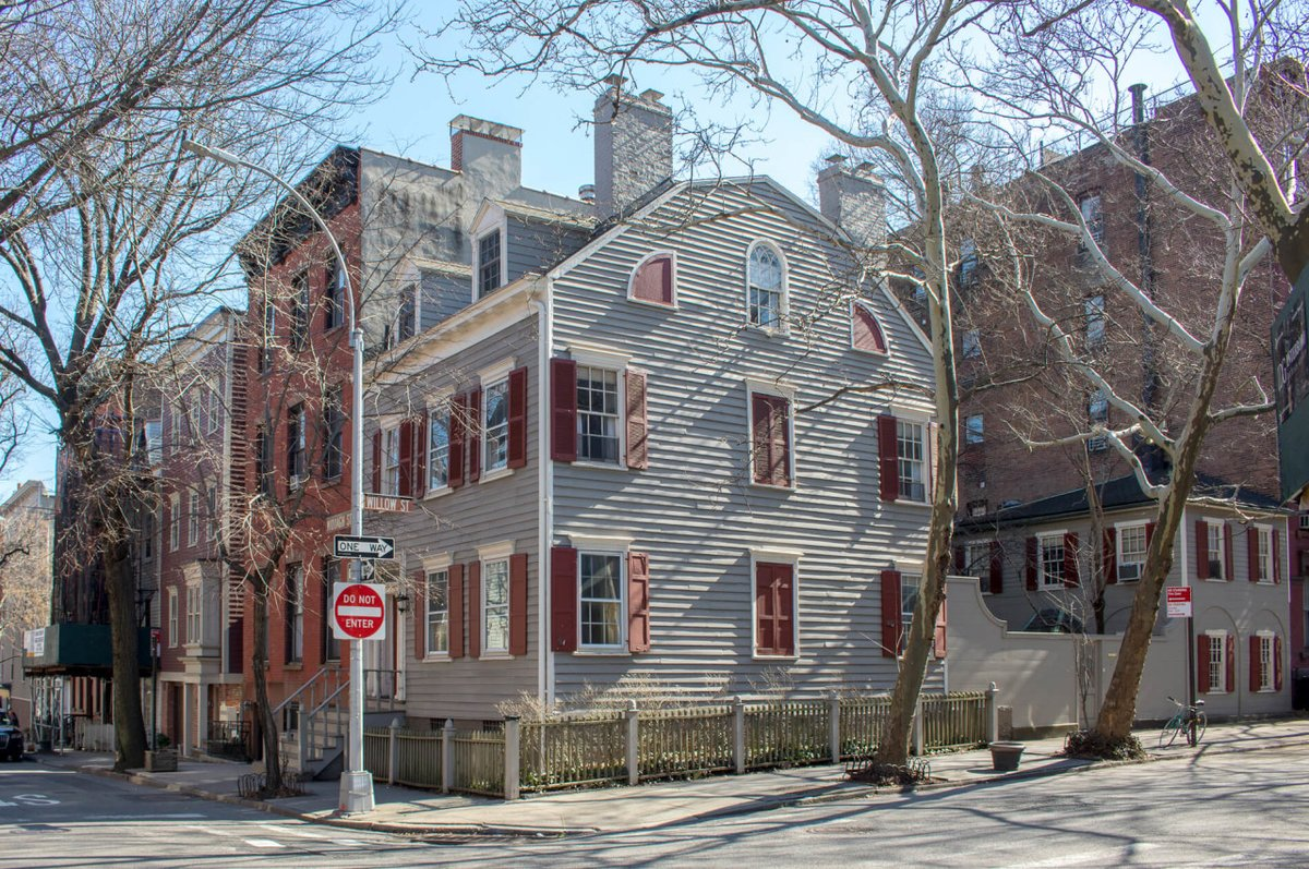 Inside One of Brooklyn Heights' Oldest Houses, 24 Middagh, and Its Mysterious Pa…