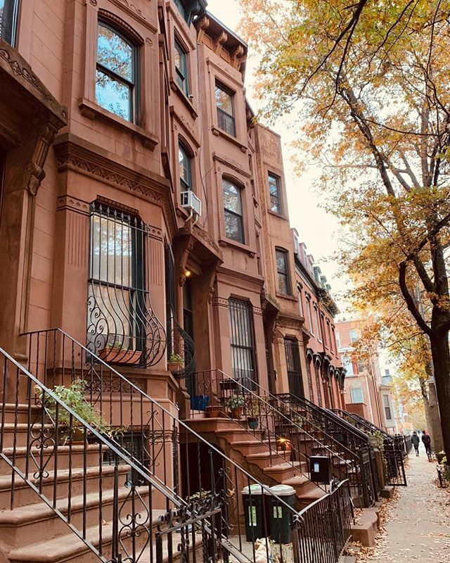 Cool fall walks down brownstone blocks. . . .  #townhousetherapy#townhouse#brown…