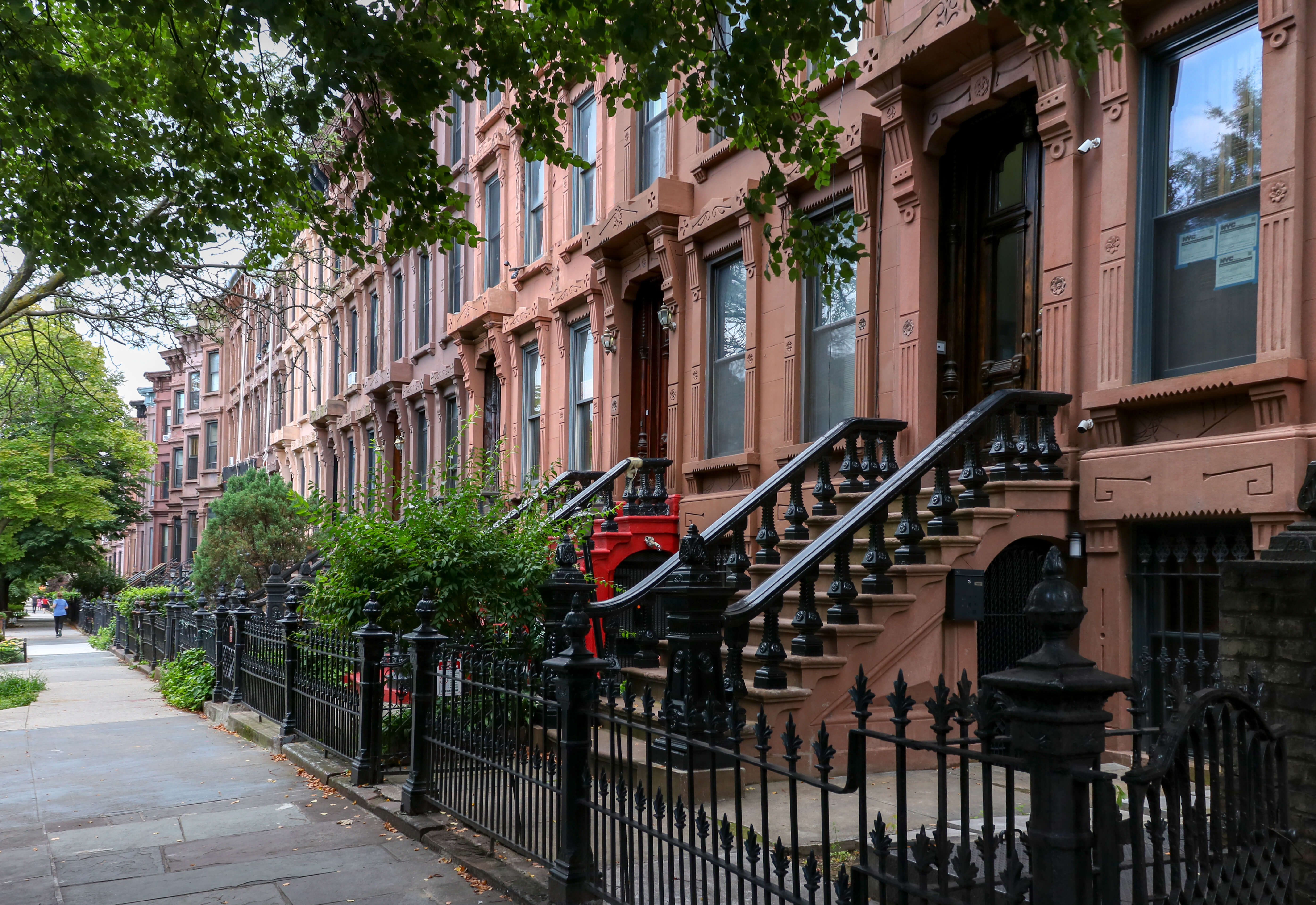 Crooklyn… Brooklynites Fight Proposed Sprinkler Law They Say Will Cause Row Ho…